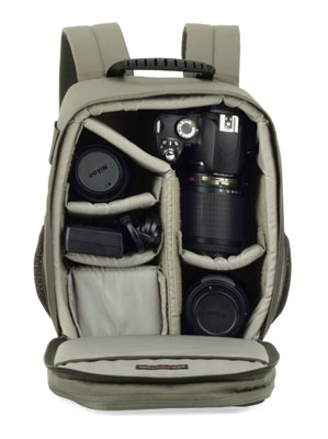 PhotoTraveler150_stuffed_DSLR-0