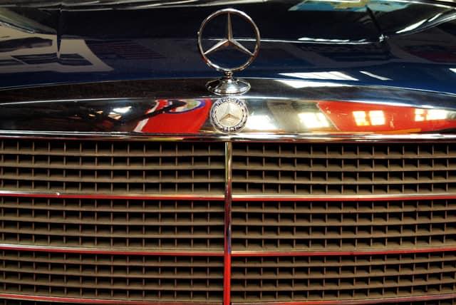 Älterer Mercedes