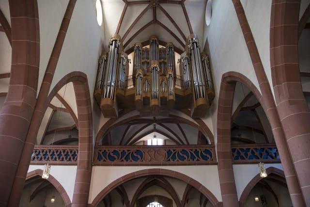nik_24_70vr_orgel