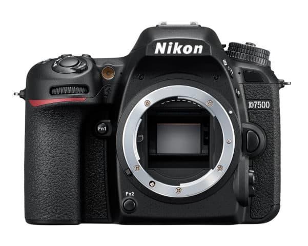 Nikon D7500 Front