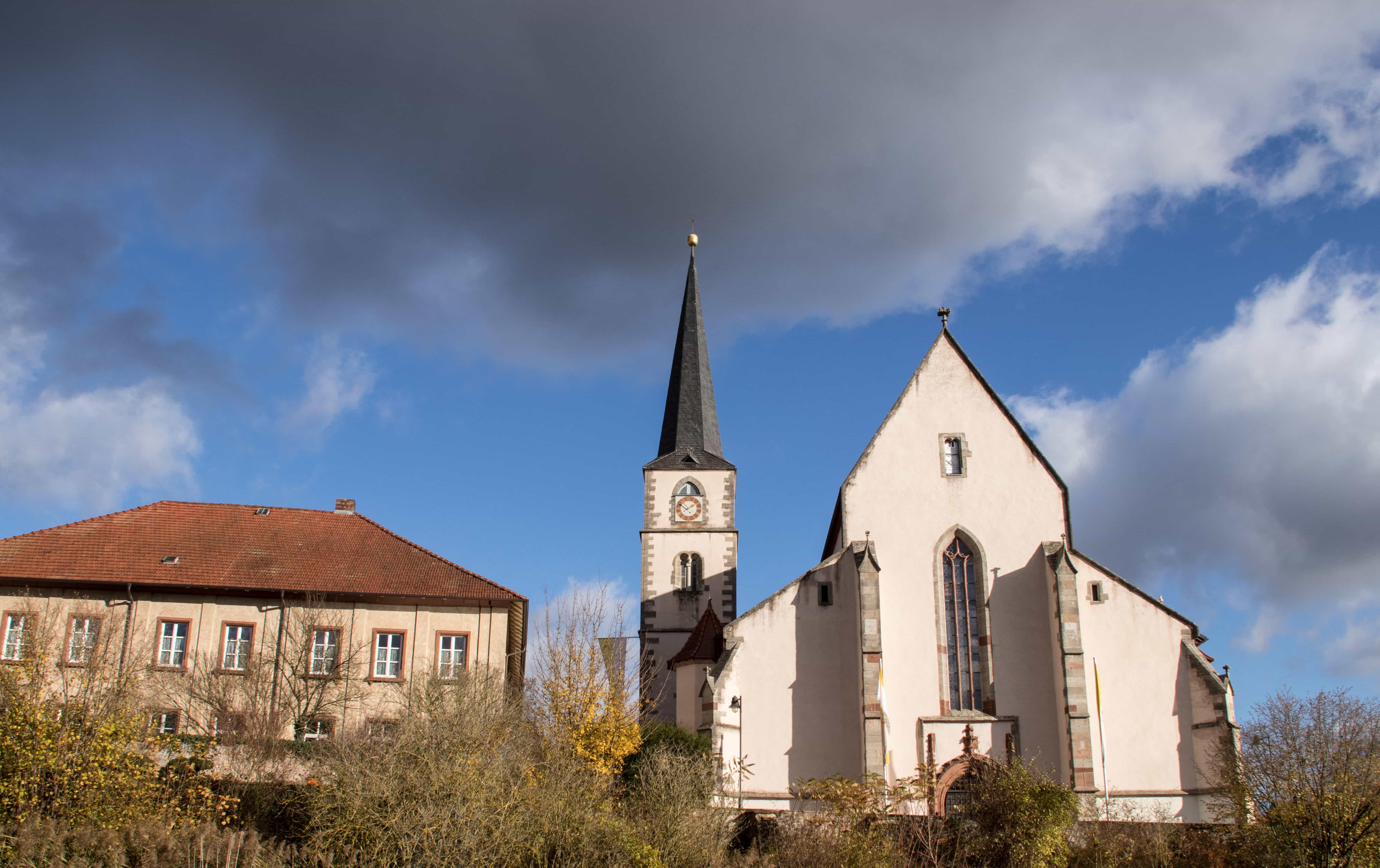 Kirche in Hammelburg - Objektiv: SIgma 18-300 mm