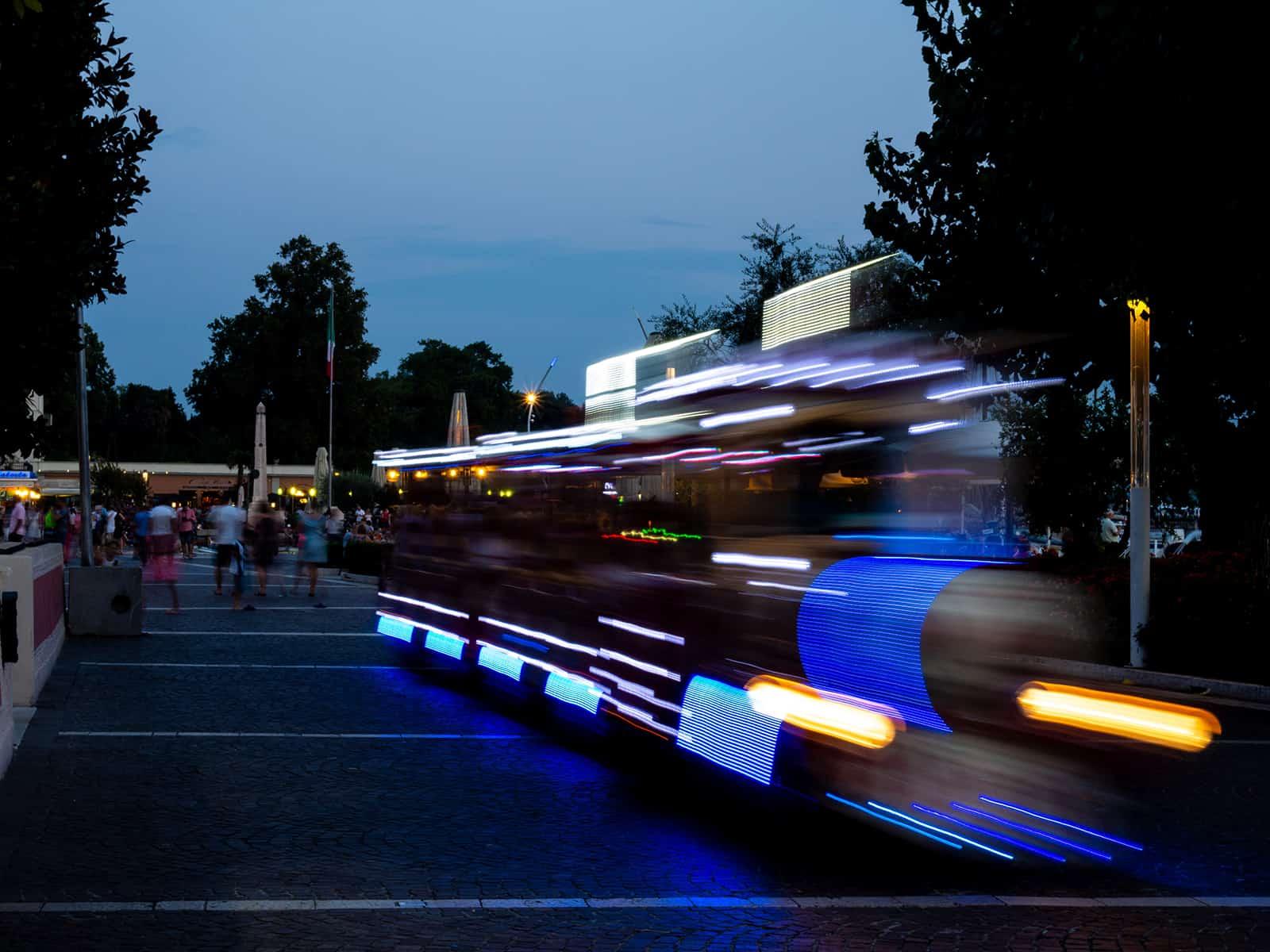 Touristenbahn in Bardolino