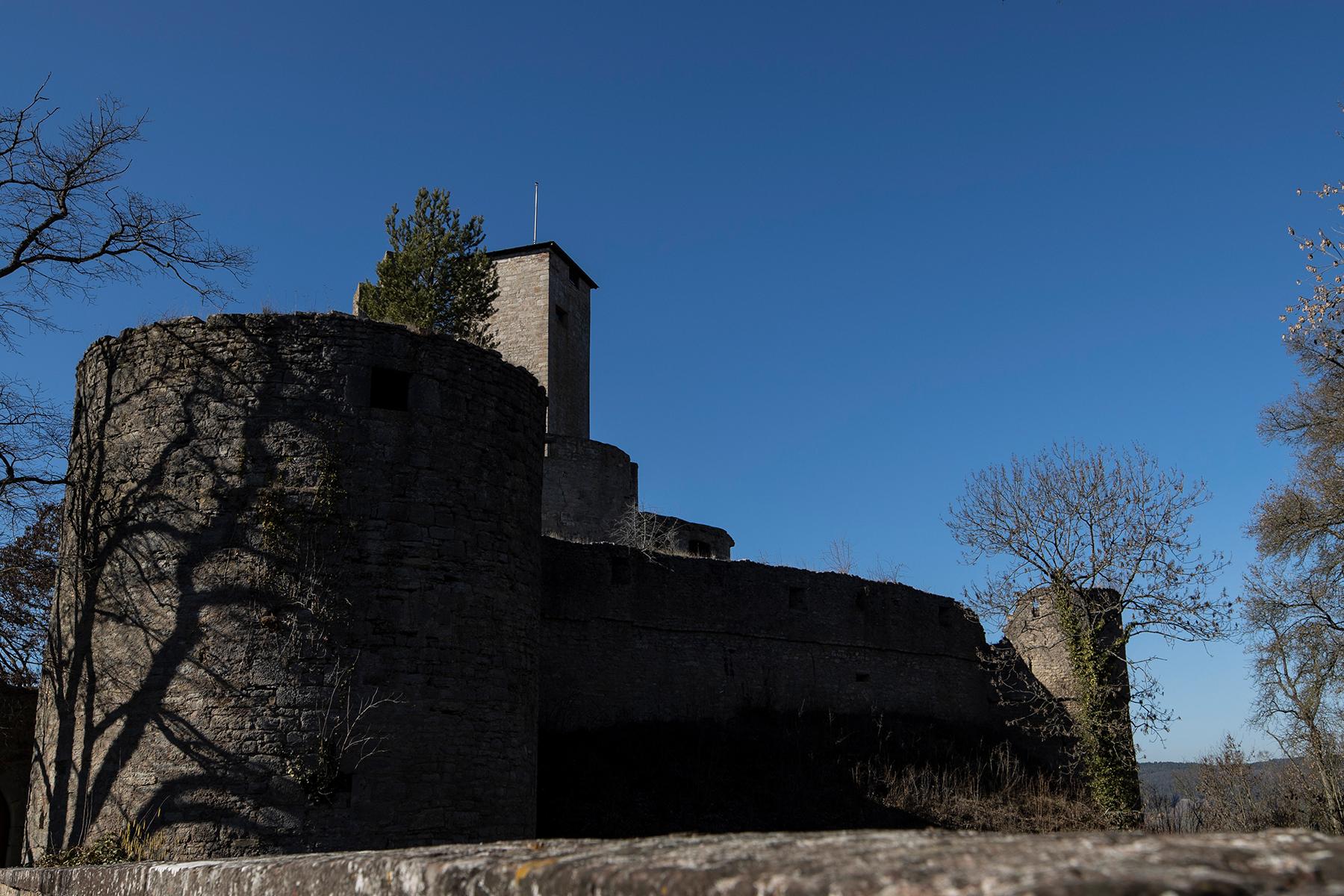 Trimburg unter blauem Himmel fotografiert mit Sigma 14-24 mm Art