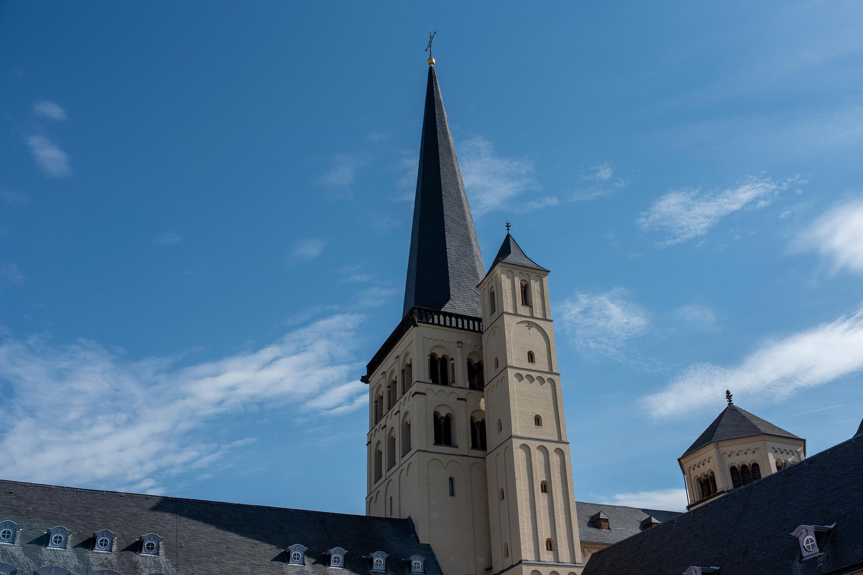 Kirchtum in Brauweiler aufgenommen mit Tamron SP 35 mm F1.4